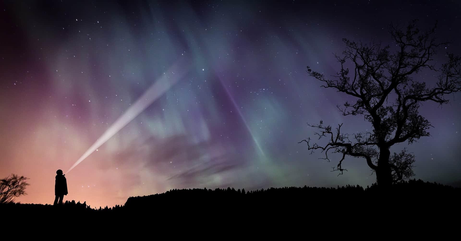 night time star gazing with a lazer pointer