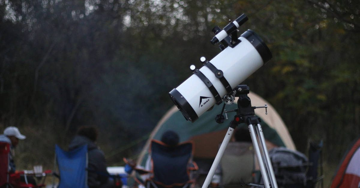 We Review The Best Portable Travel Telescopes That Are Small, Compact & Handheld For Easy Stargazing On The Go
