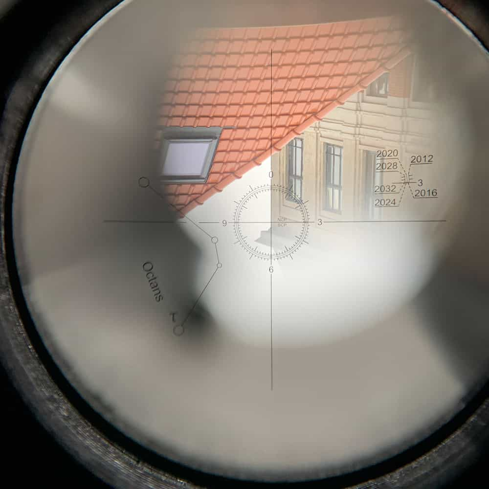 Testing the alignment of the reticle